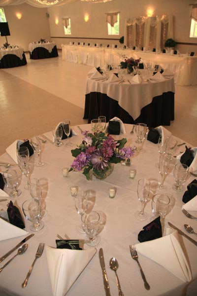 Services for Black and white reception tables